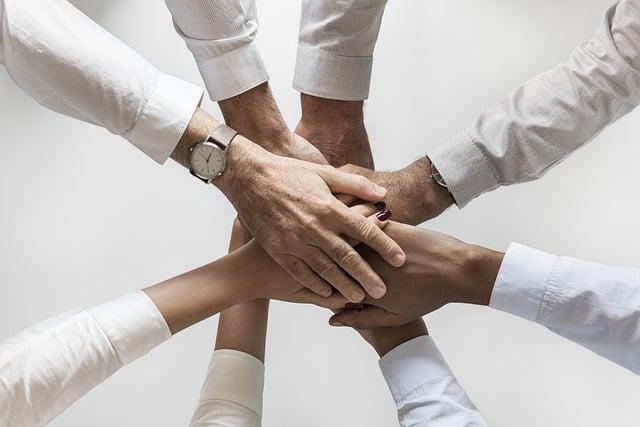 Friendsurance – Erfahrungen mit einem besonderen Versicherungsmodell